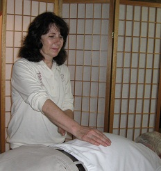 Relax and heal in a Reiki healing session